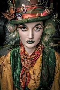 Hutmacher Alice Im Wunderland : diy alice in wonderland the mad hatter costume your ~ Watch28wear.com Haus und Dekorationen