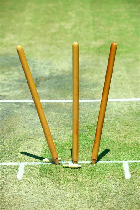 definitive list  equipment    game  cricket