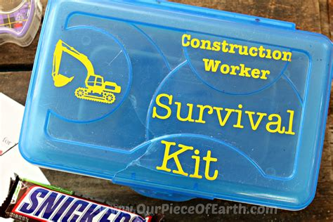 Diy Construction Worker Survival Kit W/ Free Printables Diy Projector Using Camera Lens Binder Planner For School Rustic Side Table Made From Free Pallets American Flag Pocket Shorts Decoracao Casamento Rustico Christmas Glitter Mason Jars Shabby Chic And Chairs Cut Out Tee Shirts