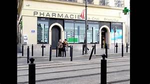 Magasin Croix Blanche : agencement de pharmacie commerce magasin croix de ~ Melissatoandfro.com Idées de Décoration