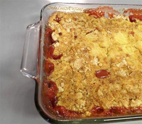 dump cake recipes strawberry rhubarb dump cake recipe the perfect summer dessert recipe summer cakes and