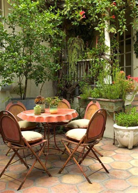 cozy rustic patio designs digsdigs