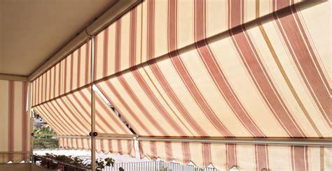 braccetti per tende da sole a caduta tenda da sole a caduta t4 con guide laterali braccetti e