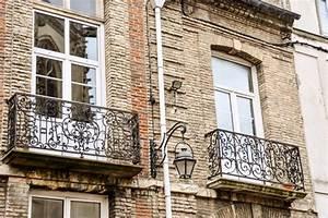franzosischer balkon tipps fur die bepflanzung mein With französischer balkon mit große dekokugeln für den garten