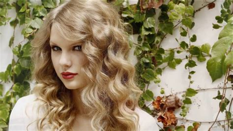 Taylor Swift the most beautiful hot singer   Taylor Swift ...