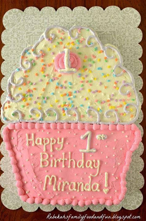 family food  fun cupcake pull  cake baking