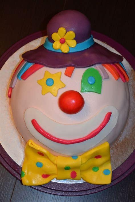gateau d anniversaire pate a sucre 17 meilleures id 233 es 224 propos de g 226 teau de clown sur g 226 teaux de carnaval petits