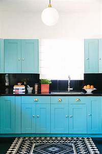 turquoise blue kitchen with black countertops and With what kind of paint to use on kitchen cabinets for coral and blue wall art