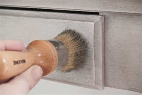 brush  chalk paint   awesome buyers guide