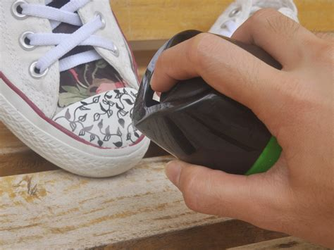 3 Ways To Decorate Converse Shoes  Wikihow. Decorative Bulletin Boards For Home. Living Room Rugs Cheap. Bar Furniture For Living Room. Grey Home Decor. Theatre Room Seating. Room Seperators. Decorative Chest. Decor For Living Room Walls