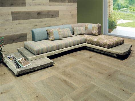 Raw Oak Sofa Design By Cadorin