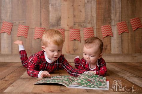 holiday sibling photography pinterest 25 best ideas about photos on sibling photography sibling photos and