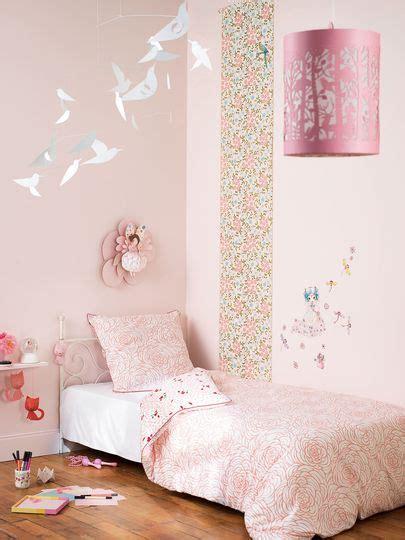 couleur de chambre fille peinture couleur pour chambre d 39 enfant rooms room
