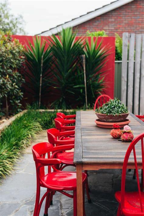 table jardin chaises comment choisir une table et chaises de jardin