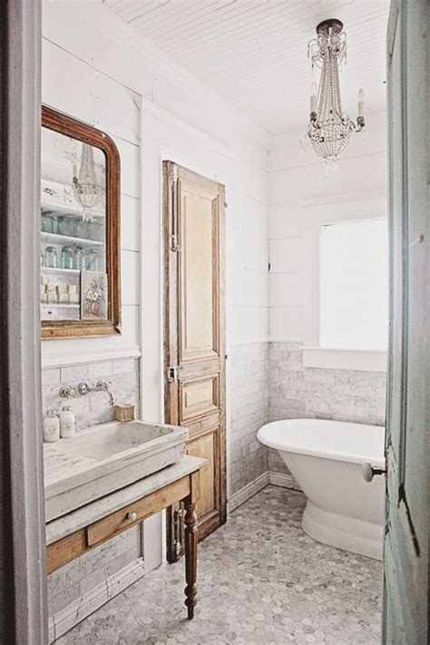 Decor Inspiration: French Inspired Bathroom Remodel ? The