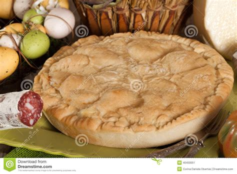 cuisine napolitaine pizza rustica cuisine napolitaine traditionnelle photo