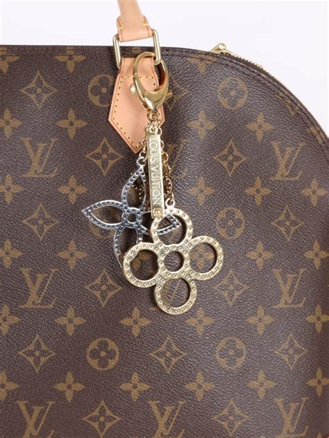 louis vuitton tapage bag charm luxury bags