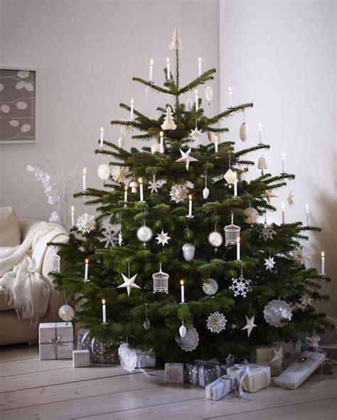 Weihnachtsbaum Rot Silber Geschmückt by Die 20 Sch 246 Nsten Weihnachtsbaumanh 228 Nger In Silber Und Gold