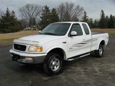 1997 Ford F 150 3dr XLT 4WD Extended Cab SB In Union Grove