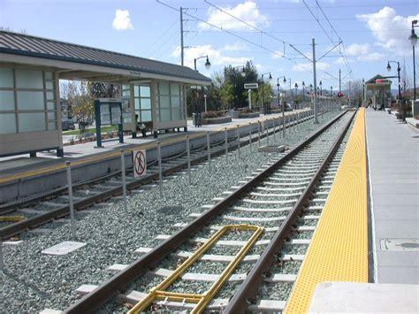 light rail stations san fernando station