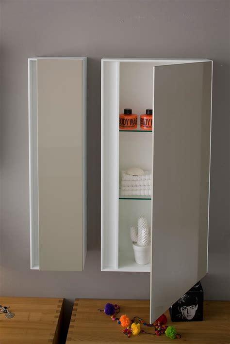 armadietti pensili per bagno dal bagno lungo e stretto ricavarne due cose di casa