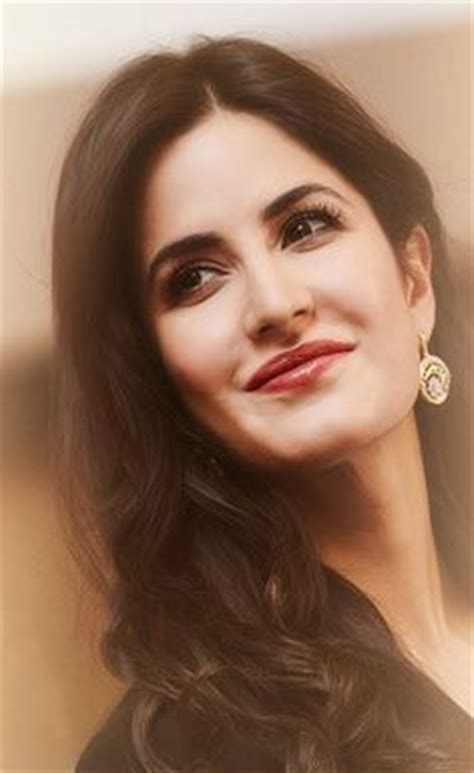 katrina kaifs beautiful face wallpaper hd