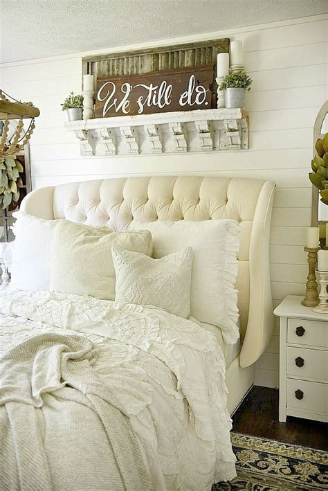 ideas   bed decor  pinterest white