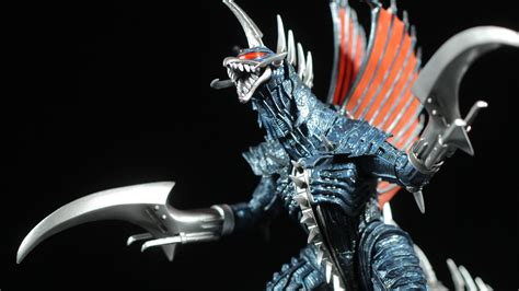 S.h. Monster Arts Gigan (2004) Review
