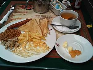 Restaurant Review: Breakfast at Barcelos • Connect Nigeria