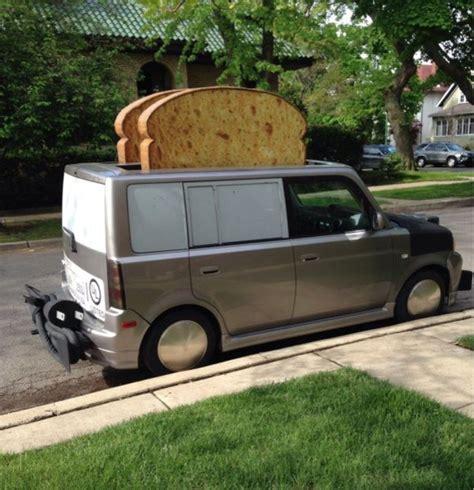 cars    food toast van guff