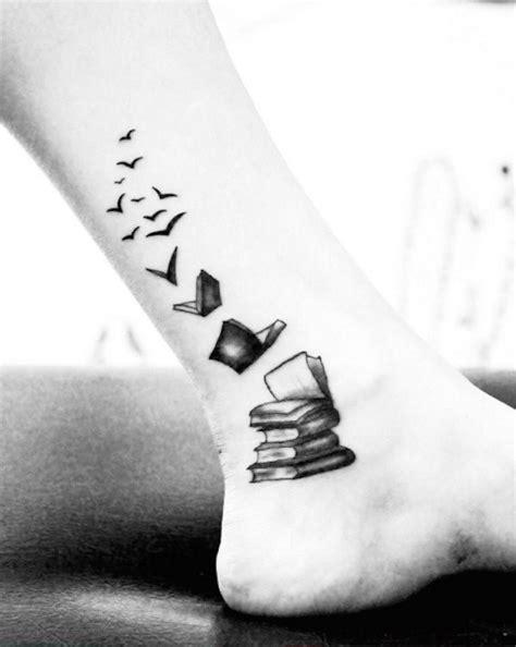 @lindalinduh | Tattoo | Tattoo buch, Christliche tätowierungen und Tattoo ideen