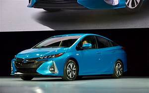 Prime Voiture Hybride 2017 : nouveau modele toyota id es d 39 image de voiture ~ Maxctalentgroup.com Avis de Voitures