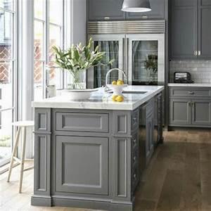 Grigio il colore di tendenza in casa for Cucina grigia colore pareti