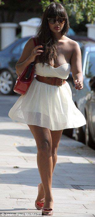 jameela jamil bikini jameela jamil nearly has a wardrobe malfunction as her