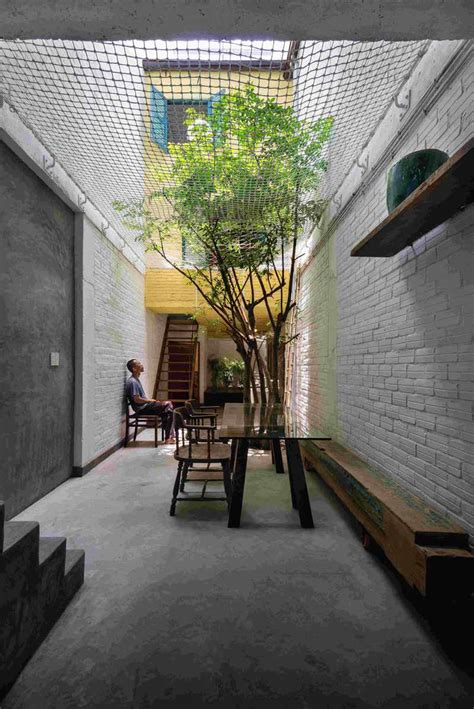 narrow house   inspired  saigons alley saigon