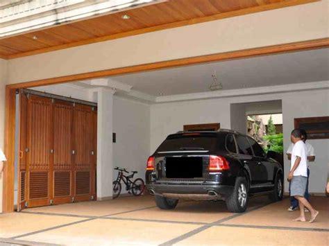 contoh desain garasi rumah minimalis modern eksterior