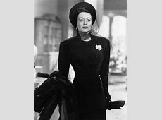 Joan Crawford's Style Evolution From Flapper To Screen