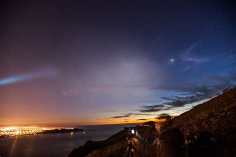 Incredible photos capture full might of Trident II rocket ...
