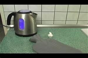 Fliegen Vom Auto Entfernen : gummigeruch einer w rmflasche loswerden so geht 39 s ~ Watch28wear.com Haus und Dekorationen