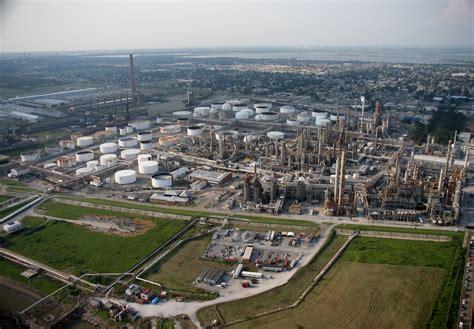 Louisiana Oil Refinery Workers Join Nationwide Strike | WWNO