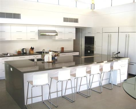 19 modern kitchen large island large kitchen with island modern kitchen los