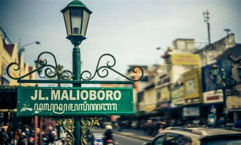 foto wajah  malioboro good news  indonesia