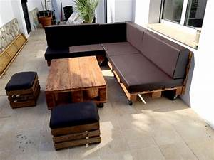 35 Super Cool DIY Sofas and Couches - DIY Joy