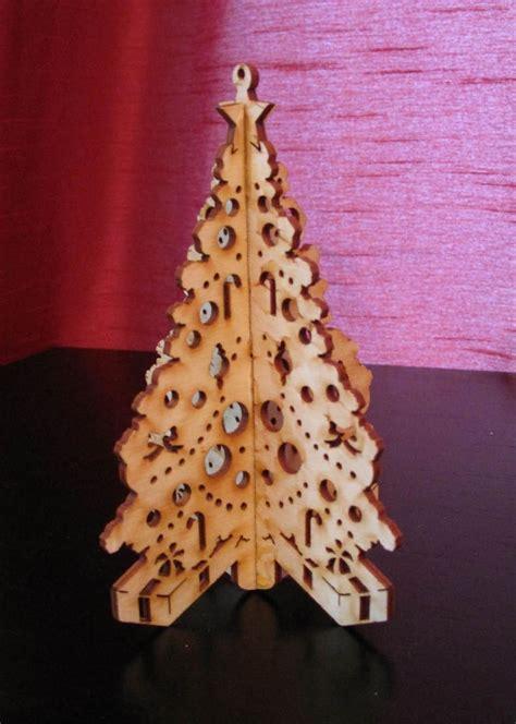 hand  laser cut  christmas tree  laz  engraving