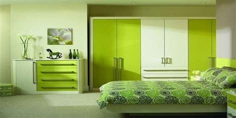 amenager une chambre  coucher en vert  idees