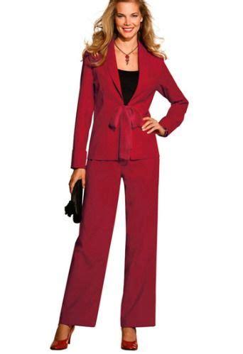 tenue de travail femme de chambre 25 best ideas about tailleur femme grande taille on
