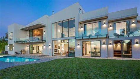 John Legend And Chrissy Teigen Buy Beautiful Beverly Hills