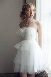 9 etsy wedding dresses we love for 2012 brides onewed for Wedding dress etsy