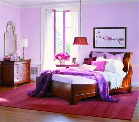couleur prune pour une chambre conseils pour la décoration d 39 une chambre d 39 adulte
