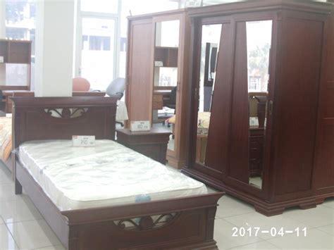 meubles chambre adulte chambre adulte en bois meubles et décoration tunisie